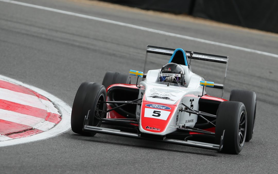 Fortec Motorsport seek to extend British F4 points lead at Oulton Park